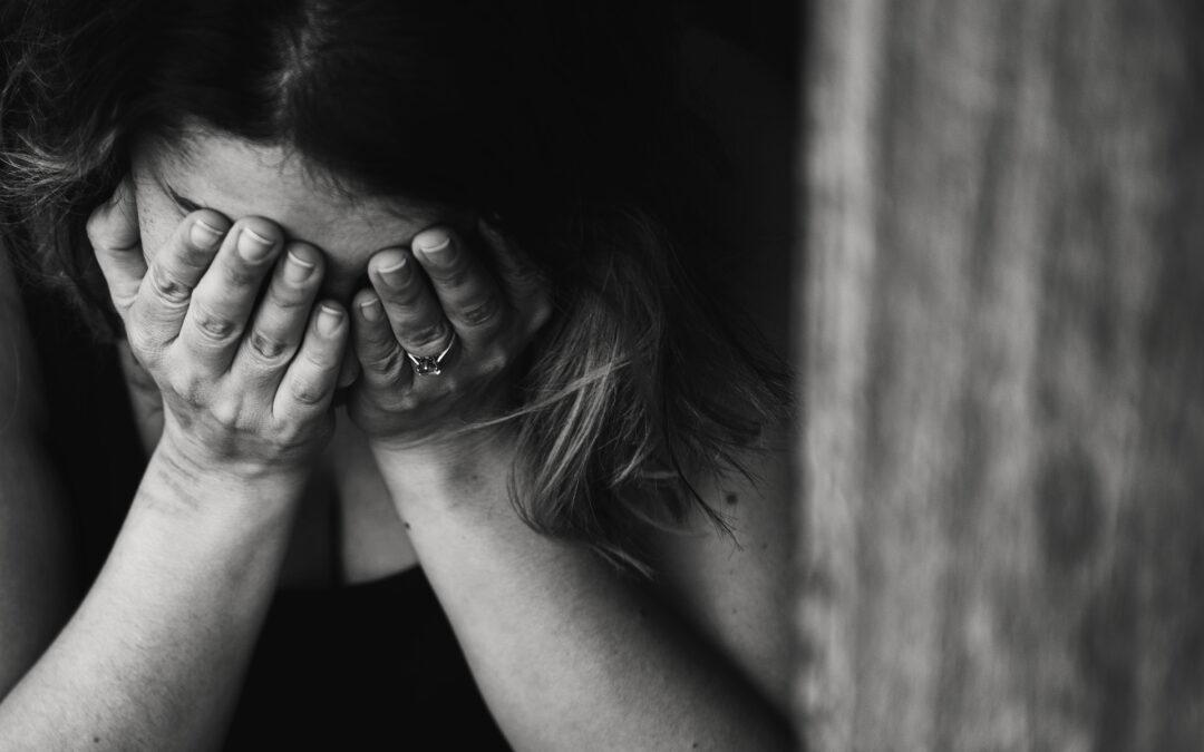 Welke interne factoren zorgen dat stress tot verzuim leidt?